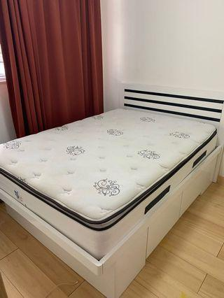 Bed with storage + Seally mattress