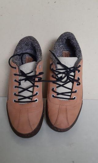 Zara boys shoes size 36