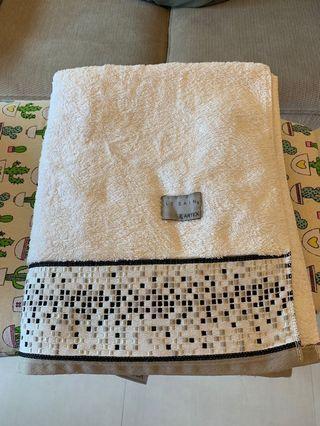 Quality plush Bath towels