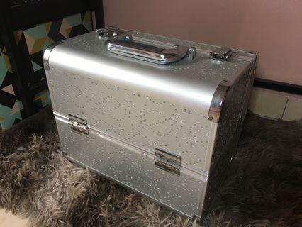 Used make Up Box