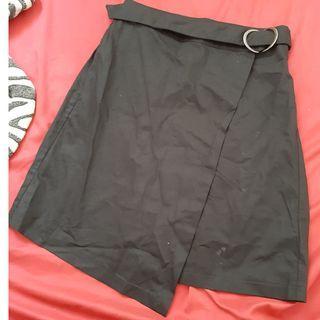 Black skirt FREESIZE