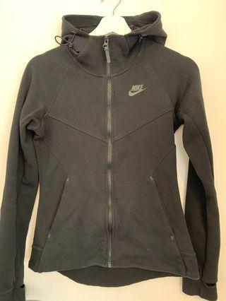 NIKE Women's XS Black Zip Hoodie