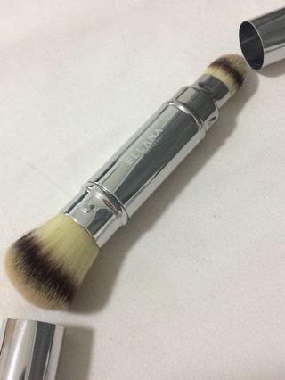Ellana Dual head foundatiom brush