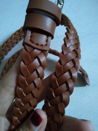 Belt anyam