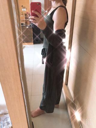 🚚 套裝(含褲子 背心 外套)