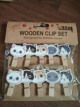 Wooden Clips *Buy 3 free 1*