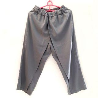 IDENTITÉ Grey Pants