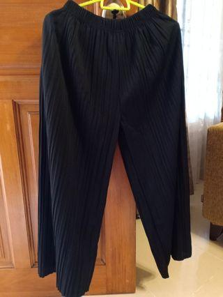 Pants (Black with pockets)