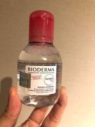 (專櫃正貨 👍🏻原裝行貨商標)現貨 Bioderma 卸妝水Make-Up removing Michelle solution 100ml ,專櫃價$98,現員工價$65