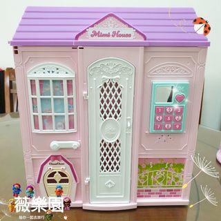 🚚 【💖薇樂園💕】近全新 女孩最愛😍 barbie 芭比手提閃亮度假屋 公主城堡 豪華芭比娃娃屋  有問題歡迎詢問