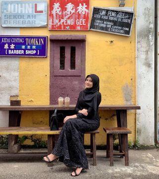 Leona Kebaya in Black