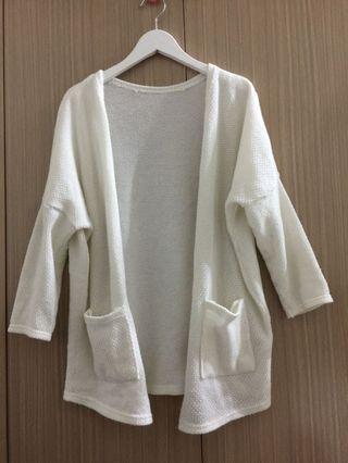 🚚 七分白色外套