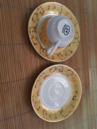 🚚 咖啡杯碟子