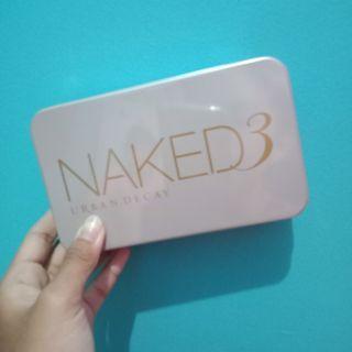 Naked 3 Brush Pallet