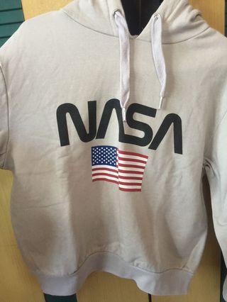 H&M NASA CROP
