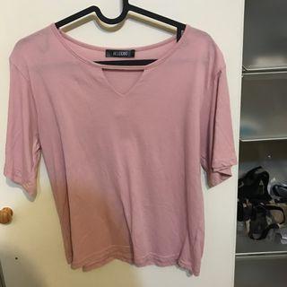 粉色三角上衣