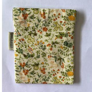 OHHGRANNY Floral Pouch