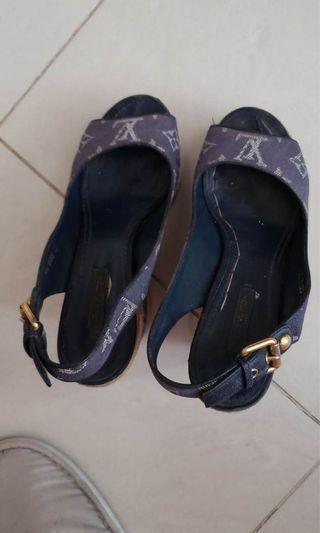LOUIS VUITTON 女神鞋