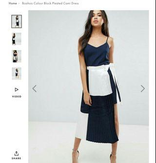 Color block nany/white pleated midi dress
