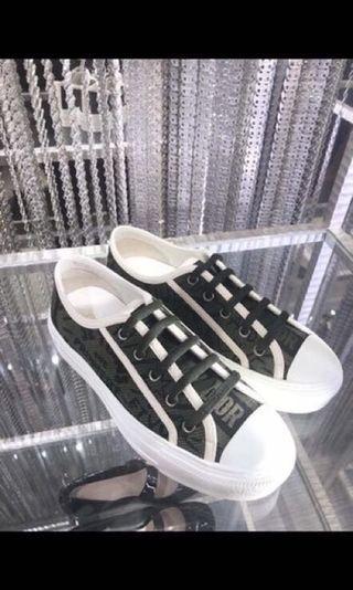 Dior新品鞋到貨🤤