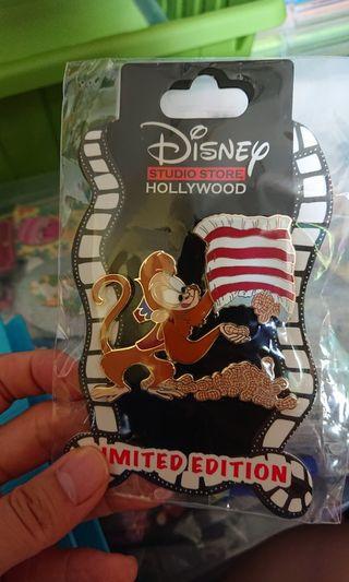 DSSH Disney studio store Hollywood LE300 pin Abu迪士尼徽章阿布