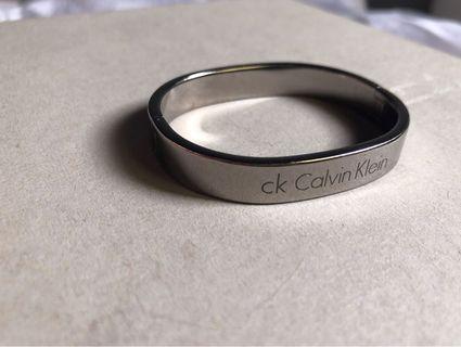 🚚 CK Calvin Klein -簡約設計師 CK手環