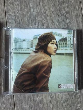正版二手CD(劉若英-年華、我等你)