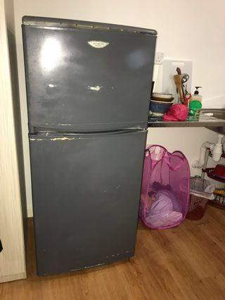 fridge with free delivery
