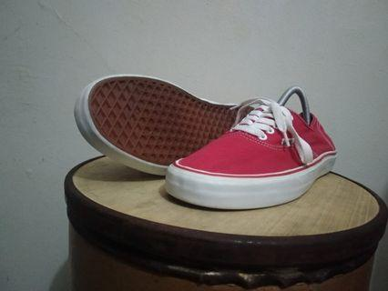 Vans authentic size 10 like new