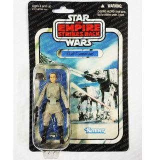 HASBRO STAR WARS : VC05 AT-AT COMMANDER