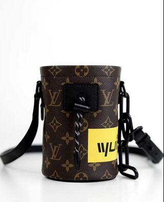 🚚 Louis Vuitton chalk nano