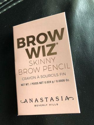🚚 Anastasia Beverly Hills Brow Wiz Brow Pencil