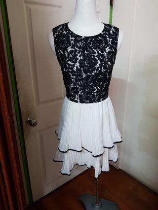 蕾絲雪紡小洋裝