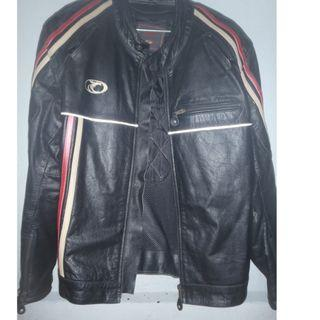 XL men's genuine full leather Knight brand U.K. motorcycle riding and cold weather jacket