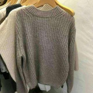 灰色針織高領毛衣