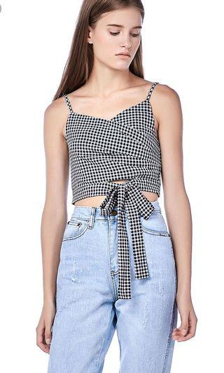 🚚 Editor's Market Ray Front Tie Crop Top