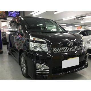 TOYOTA VOXY ZS FACELIFT 2012