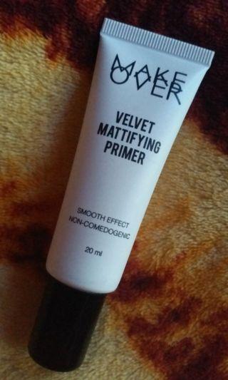 Makeover Make Over Velvet Mattifying Primer