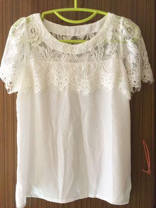 White Lace 雪紡上衣
