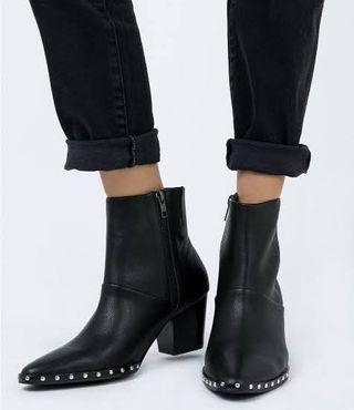 SOL SANA Ankle Boots with studs