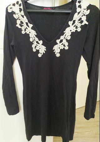 Motel rocks lace dress #Carouselland 🤞♥️