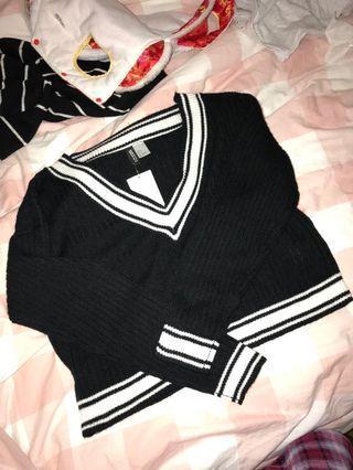 Black V neck knit