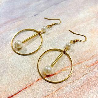 B003 金色幾何耳環