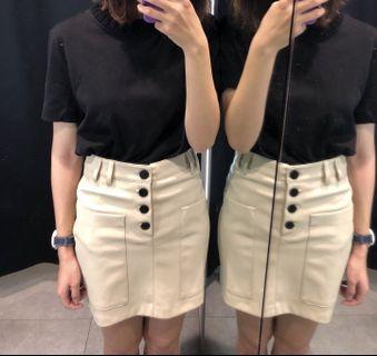 全新✨Zara皮革短裙