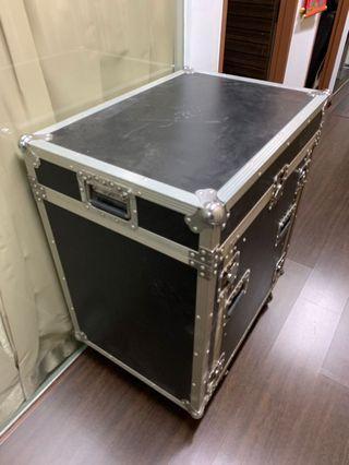 Amplifier hard case