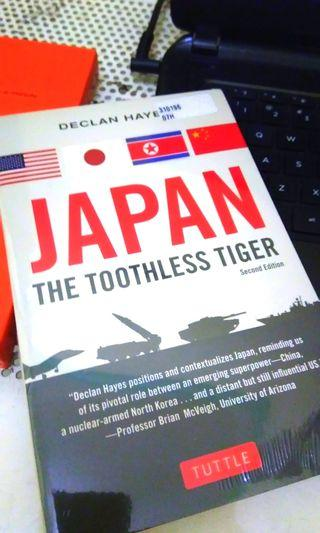 Buku Impor Japan the Toothless Tiger by Declan Haye