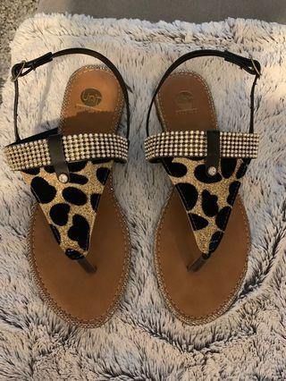 Flip flops sandal animal print