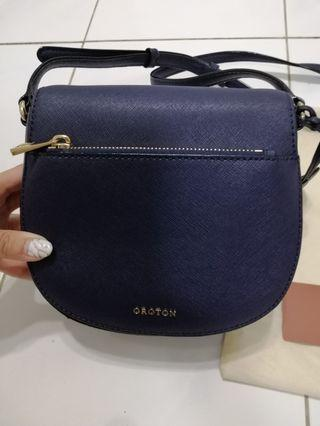 Authentic Oroton crossbody Bag (95% new)