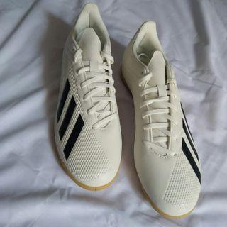 Adidas X Tango 18.4