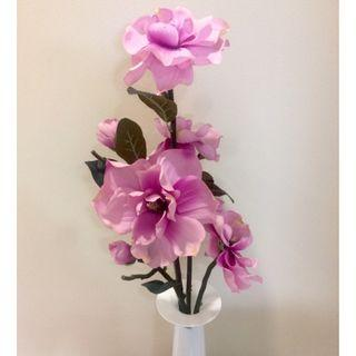 Clearance! ARTIFICIAL FLOWERS/PLANTS With Tall Glass Vase